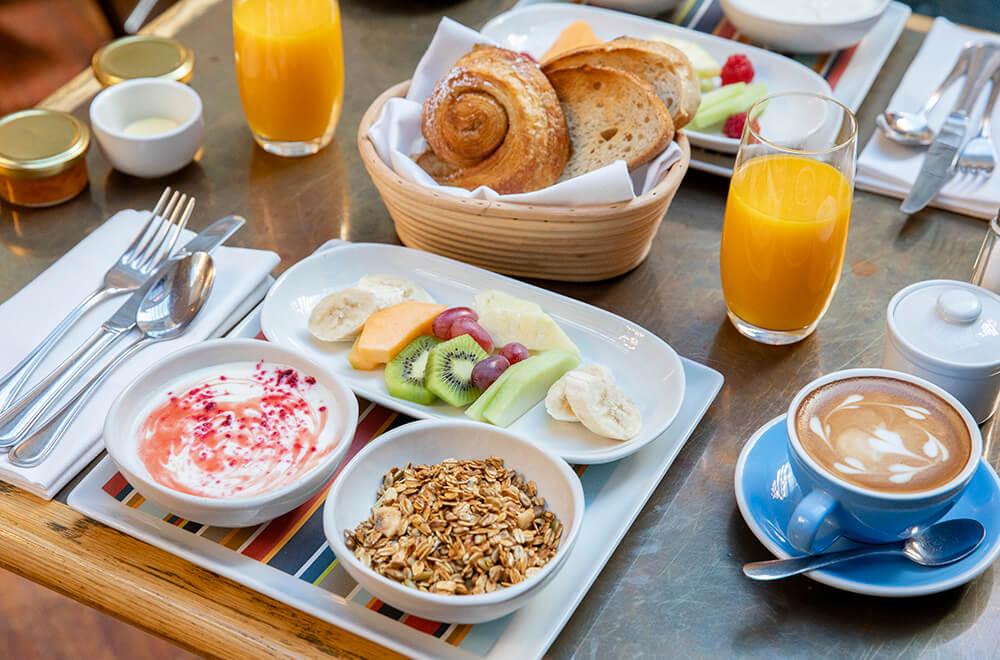 Petit Breakfast